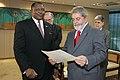 Hopelong Ushona Ipinge & Luiz Inácio Lula da Silva.jpg