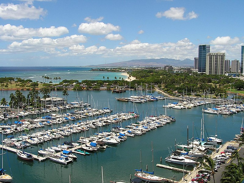 File:Hotelroom-honolulu-harbor.jpg