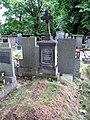 Hrdlořezy, hřbitov.jpg