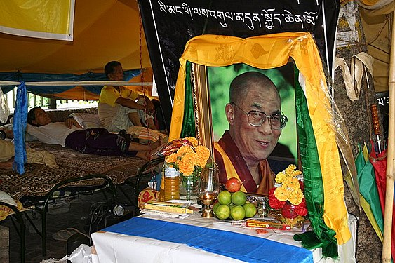Hunger striker with Portrait of H.H.Dalai Lama.jpg