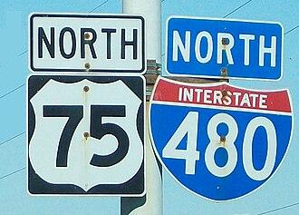 Interstate 480 (Nebraska–Iowa) - I-480/U.S. Route 75 sign in Omaha