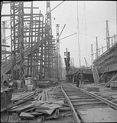In a British Shipyard- Everyday Life in the Shipbuilding Industry, UK, 1943 DB206.jpg