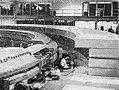 Installation of proton synchrotron in Brookhaven, Aneka Amerika 102 (1957), p20.jpg