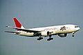 JA8984 2 B777-246 Japan Air Lines KIX 19MAY03 (8401737732).jpg