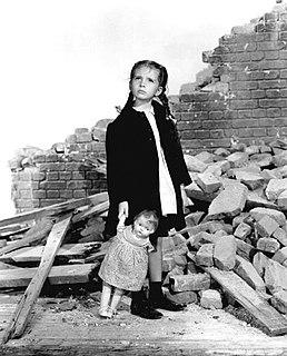 <i>Journey for Margaret</i> 1942 film by W. S. Van Dyke