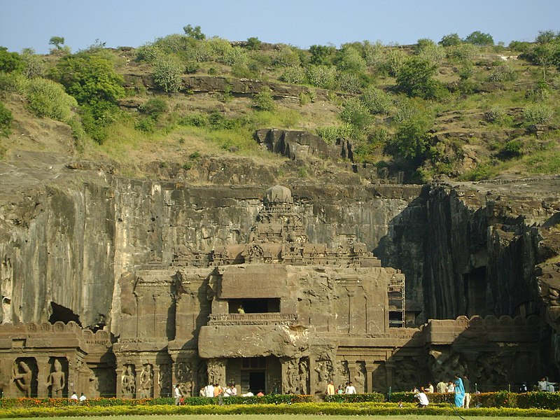 File:Kailash Temple (Cave 16) in Ellora Caves.jpg