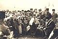 Karabekir, Latife Hanım ve Atatürk Edremit yolu üzerindeki Ergama köyünde (8 Şubat 1923) (3).jpg
