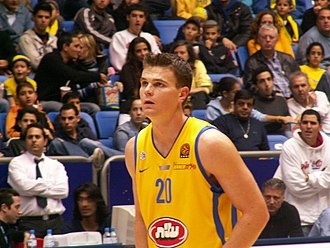 Kirk Penney - Penney with Maccabi Tel Aviv in 2005
