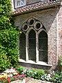 Kloster Lüne Brunnen Fenster außen.jpg