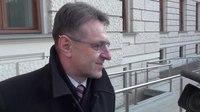 File:Krkovičev prihod na sodno obravnavo o zadevi Patria.webm