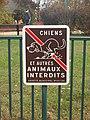 L'Isle d'Abeau-FR-38-chiens interdits-02.jpg