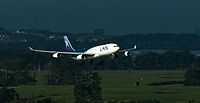 LAN Airlines Airbus A340-300 Auckland Airport.jpg