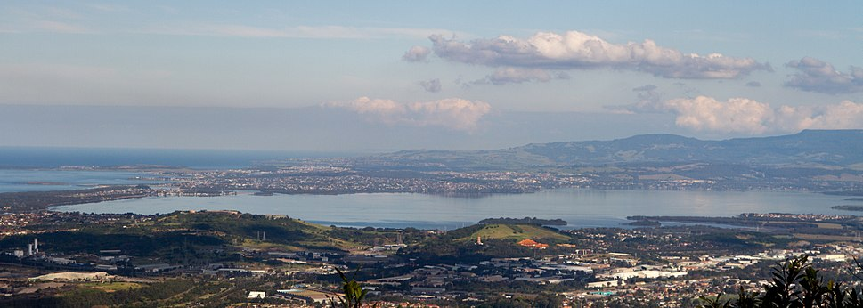 Lake Illawarra. View from Sublime Point lookout