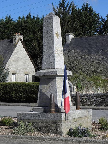 Monument aux morts de Languédias (22).