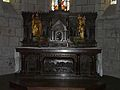 Lanobre église autel.JPG