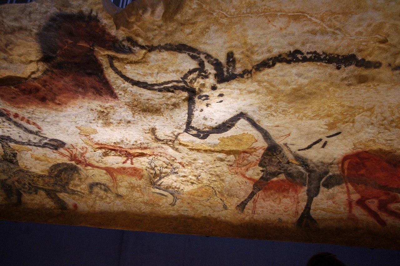 Un aurochs, des cerfs et un équidé à Lascaux 4 (Dordogne, France)