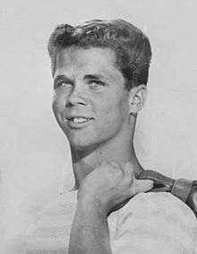 Leave It to Beaver Tony Dow 1961.jpg