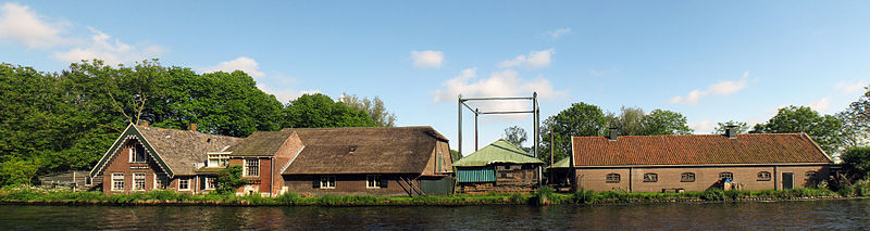 Farm at Rijn-Schiekanaal