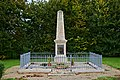 Linazay 86 Monument aux morts 2013.jpg