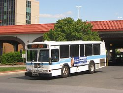 Long Beach (New York) bus leaving the railroad station.jpg
