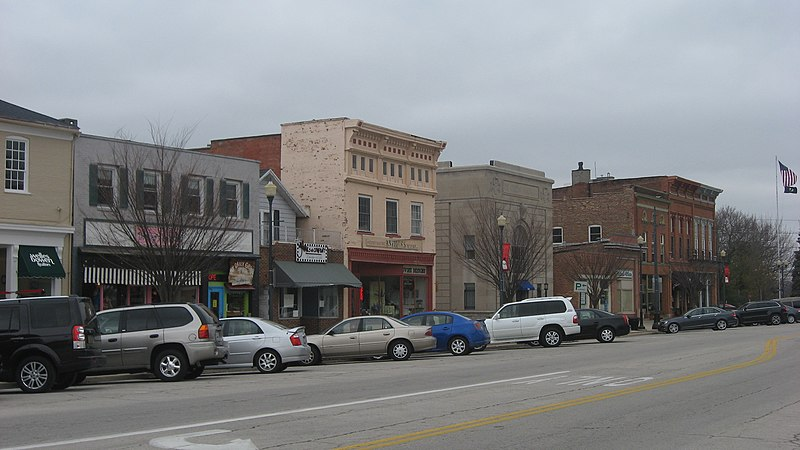 File:Louisiana Avenue in downtown Perrysburg.jpg