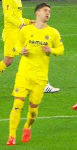 Luciano Vietto - Vietto playing for Villarreal in 2015