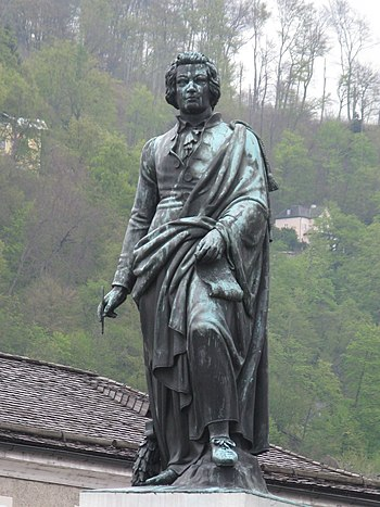 Statue of Wolfgang Amadeus Mozart by Ludwig Mi...