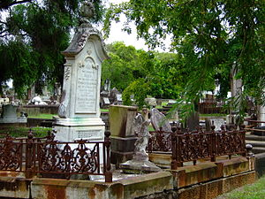 Lutwyche Cemetery - Image: Lutwyche Cemetery 4