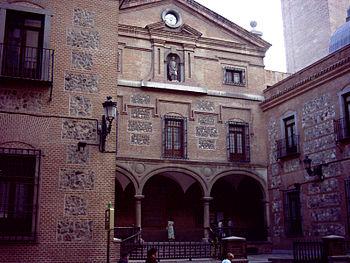 Fachada de la iglesia de San Ginés de Madrid