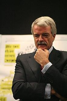 Malcolm Grant 2007.jpg