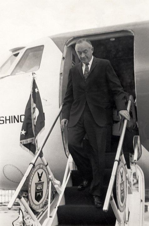 MauriceHubertStansAirplane
