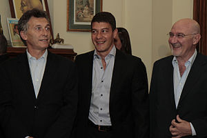 Sebastián Battaglia - Battaglia with the Chief of Government of Buenos Aires and former Boca Juniors president, Mauricio Macri (left) in 2012.