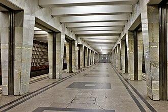 Medvedkovo (Moscow Metro) - Image: Medved Antares 01