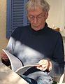 Michel-Georges Bernard, lisant (2011).jpg