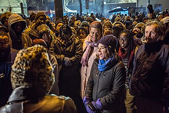 Shooting of Jamar Clark - Minneapolis City Council Member Lisa Bender shares her support for peaceful demonstrators on the fifth night of protests outside the Minneapolis Police Department's 4th Precinct