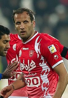 Mohsen Bengar playing for Persepolis against Gostaresh.jpg