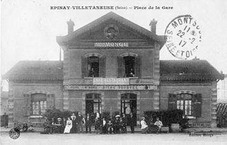 Épinay - Villetaneuse Station - Former Grande Ceinture line station, in use as the Café-Restaurant de la Gare, in a postcard sent in 1917