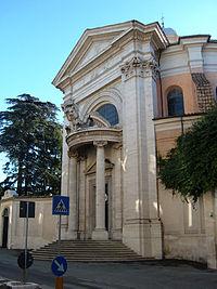 Monti - S Andrea al Quirinale 1.JPG