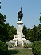 Monument eroilor