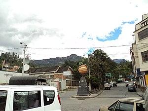 Pacho - Image: Monumento a la Naranja