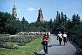 Moskau-62-Kreml-Park-Spasski- und Beklemischew-Turm-1975-gje.jpg