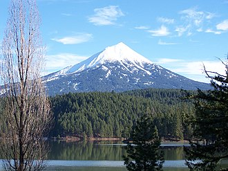 Rogue River (Oregon) - Mount McLoughlin, the highest point in the Rogue River watershed