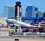 N19623 United Airlines 1995 Boeing 737-524 C-N (cn 27527-2672) (7158876035).jpg