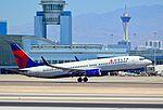 N377DA Delta Air Lines 1999 Boeing 737-832 C-N 29625 (7399380008).jpg