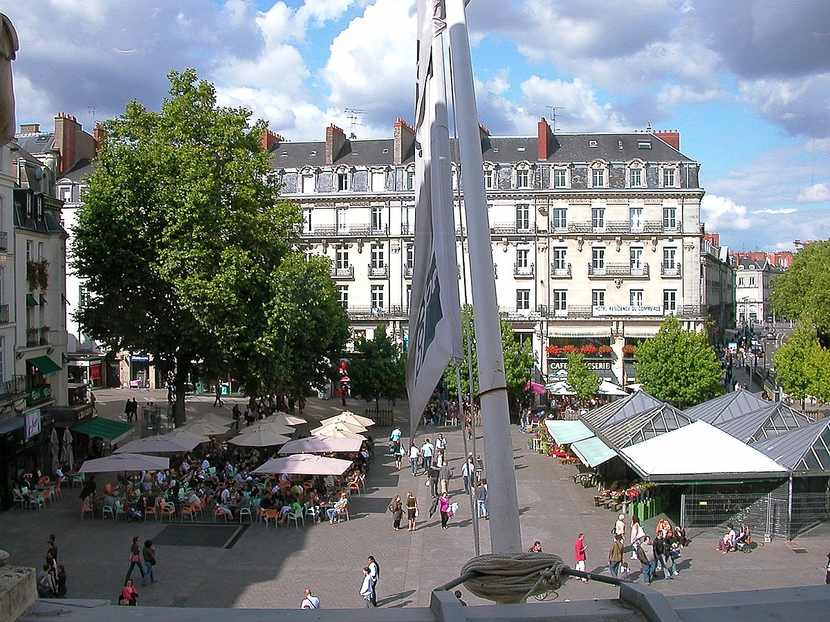 Place Du Commerce Nantes Wikip Dia