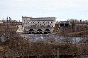 Narva hydroelectric station, Apr 2009.jpg