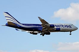 Een Boeing 747-400 van National Airlines