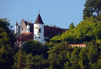 Nicolas Cage - Schloss Neidstein in Bavaria was owned by Cage between 2007 and 2009.