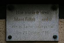 Gedenktafel an Schneiders Geburtshaus (Quelle: Wikimedia)