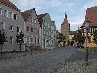 Neustadt an der Aisch - Image: Neustadt an der Aisch, der Nürnberger Tor Dm D 5 75 153 73 poging 3 foto 13 gedaan 2016 08 05 19.42